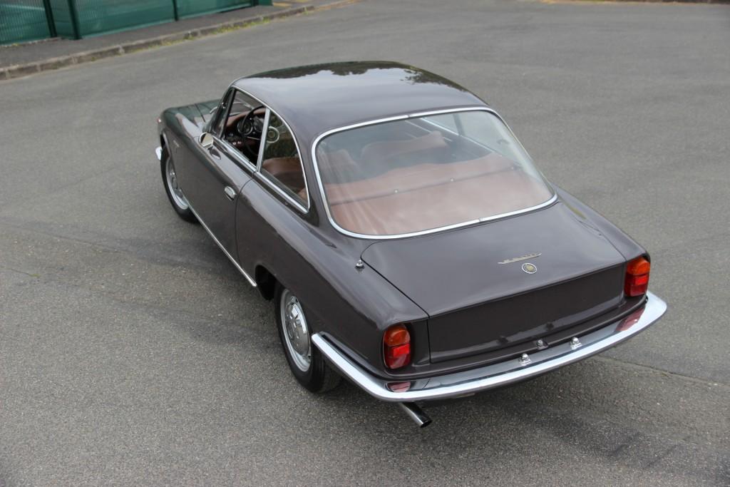 alfa romeo sprint 2600 coup 1963 alfa romeo sprint 2600 coupe bertone de 1963 prix 69500. Black Bedroom Furniture Sets. Home Design Ideas